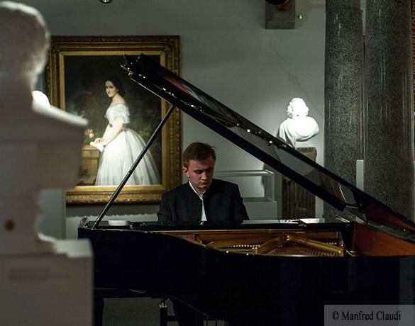Een herinnering aan de oude Russische klavierleeuwen